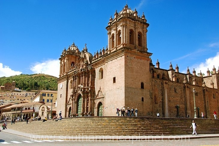 peru-cusco-cathedral