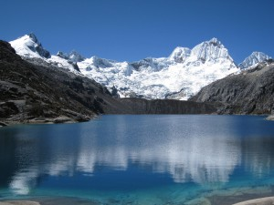 mountainbike-huaraz-and-alpamayo-trekking