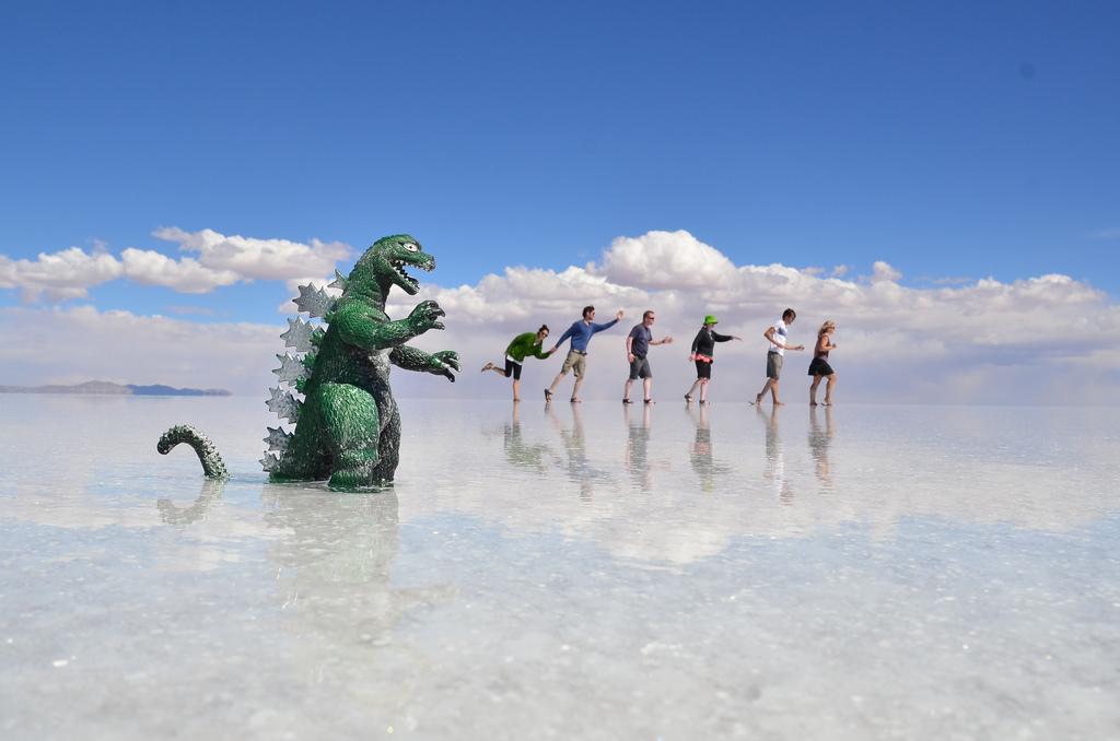 Las 15 fotos más creativas que encontramos del Salar de Uyuni (Bolivia)