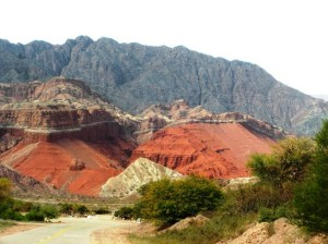 red-rocks-near-cafayate